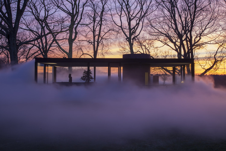 Fantastic Images of Architecture in the Fog: The Best Photos of the Week, © Richard Barnes