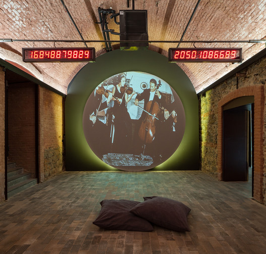 Universal Space Program, Voyager — Humanity in Interstellar Space; an installation at the 2016 Istanbul Design Biennial. Image © Sahir Ugur Eren