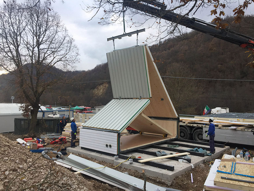 Italian Architect Designs Folding House That Can Be Built