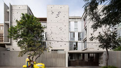 Edificio MG / Barclay & Crousse