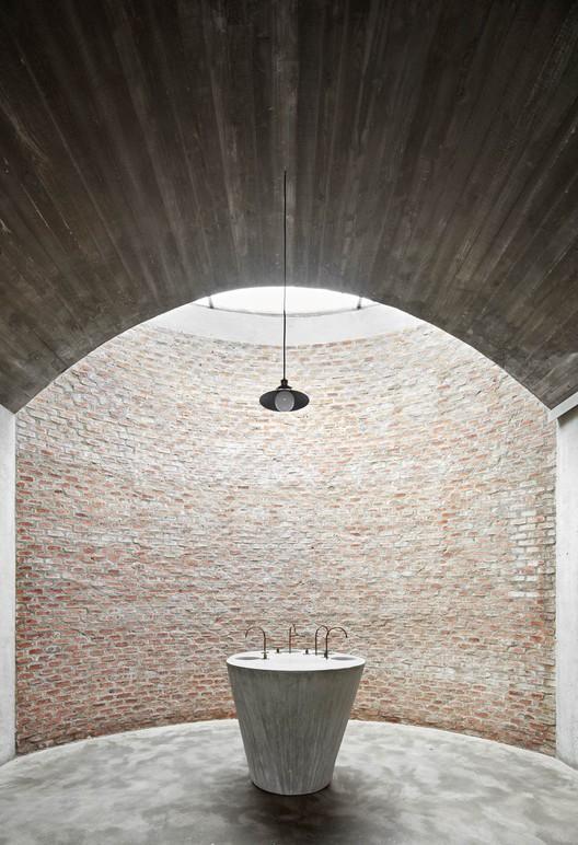 Conoce los ganadores de los Premios Cerámica de Arquitectura e Interiorismo 2017, Bodega Mont-Ras. Jorge Vidal Tomás y Víctor Rahola. Image © José Hevia