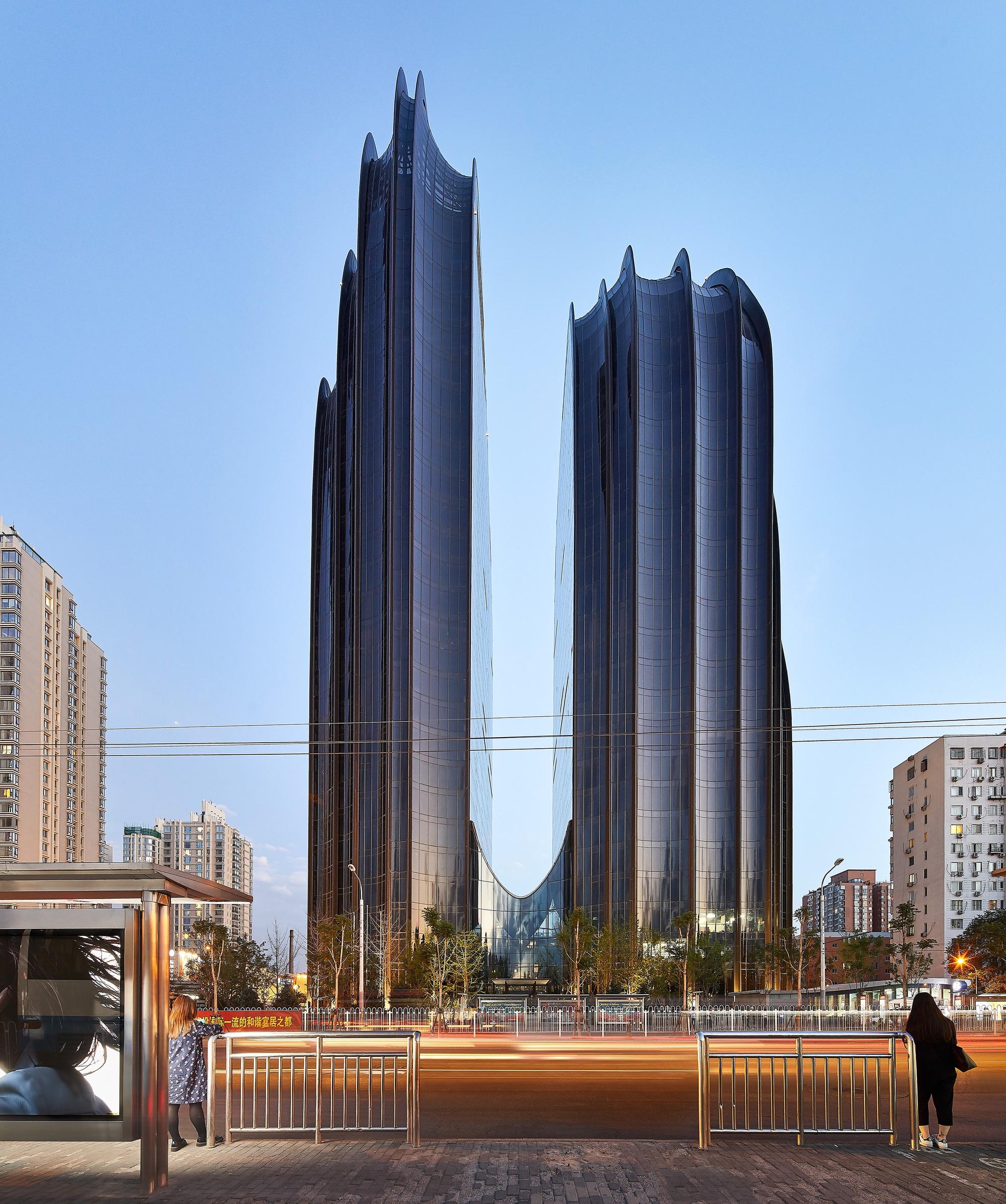 Alien Design – Chaoyang Park Plaza, Beijing, China [OS] [2000×2393]