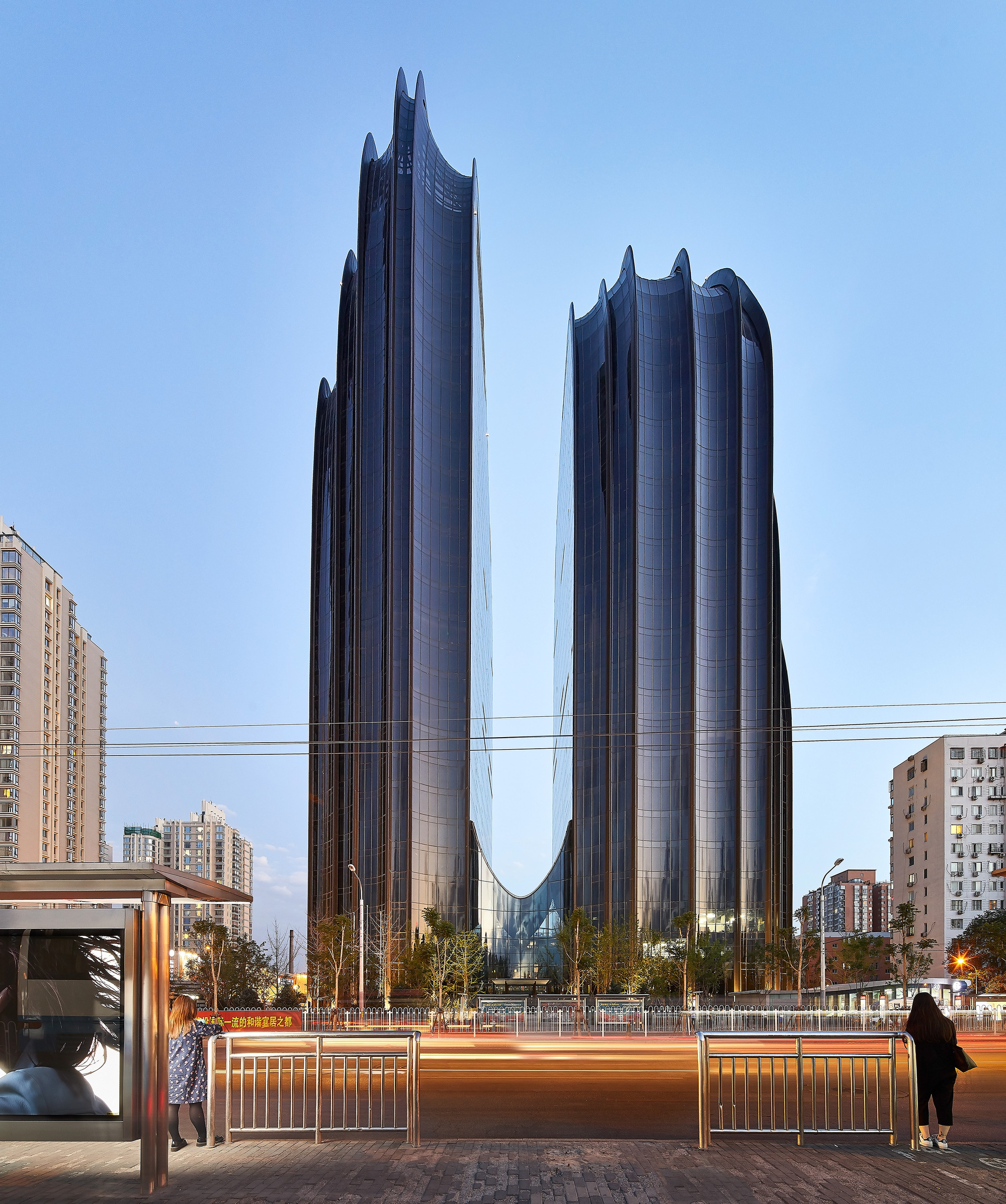 Chaoyang park plaza mad architects archdaily for Architecture 00