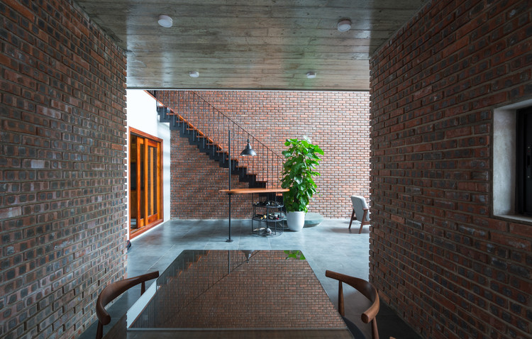 Casa V3  / TNT architects, © Triệu Chiến