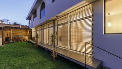 Recycling Housing / Juan Tohme