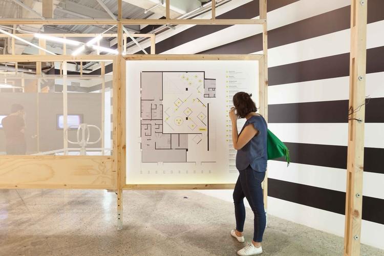 El diseño de esta exposición propone la diversidad de materiales como la forma del futuro, © Santiago Pinyol