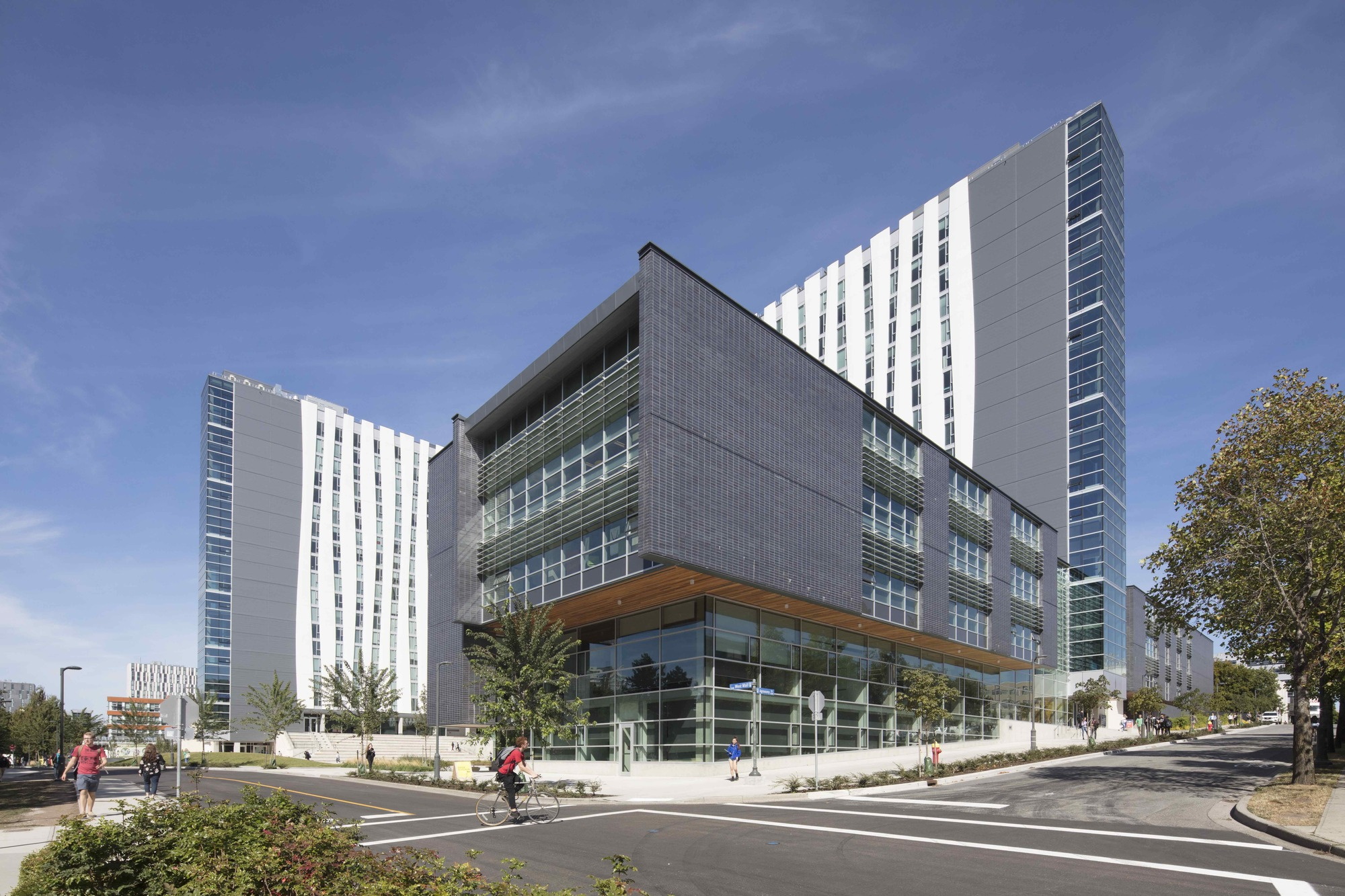 Orchard Commons, University Of British Columbia / Perkins+Will | ArchDaily