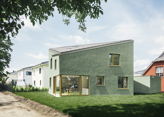 Haus P / Project Architecture Company + Miriam Poch Architektin