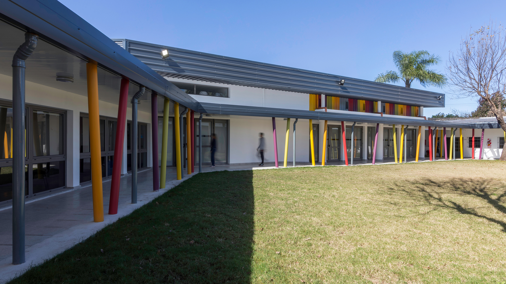 Escuela especial n 149 filli silvestre arquitectas for Universidades para arquitectura