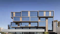 Corporativo Adelaide Prévidi / Tagir Fattori Arquitectura + STA
