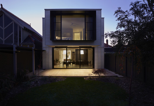 Joinery Box House / Foomann Architects