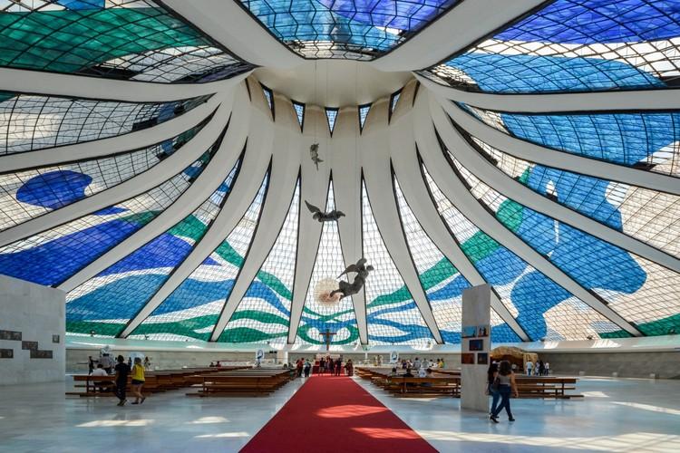 Spotlight: Oscar Niemeyer, Cathedral of Brasília. Image © Gonzalo Viramonte