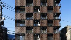 Residencia de ladrillo Akasaka / KINO architects