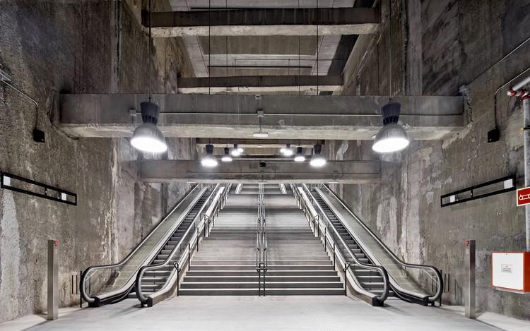 Three Metro Stations in Barcelona L9; Barcelona, Spain / Garcés - de Seta - Bonet Arquitectes with TEC 4 Ingenieros Consultores © Adrià Goula