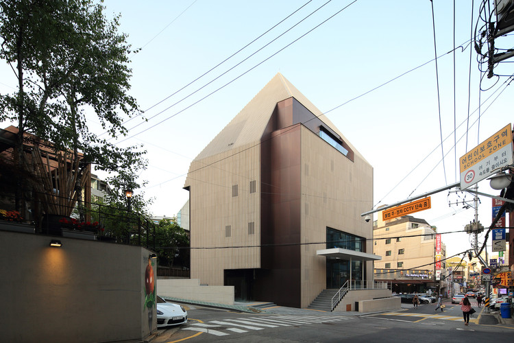 Lugar J / Kim Seunghoy (Seoul National University) + KYWC Architects, © KIM Jaekyung