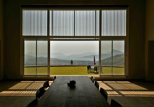 Villa de fin de semana / Nitin Killawala + Associates