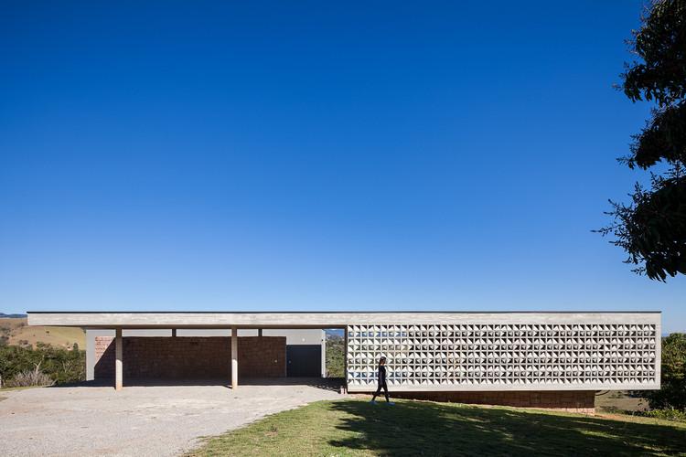 La casa de Moenda / Felipe Rodrigues, © Pedro Vannucchi