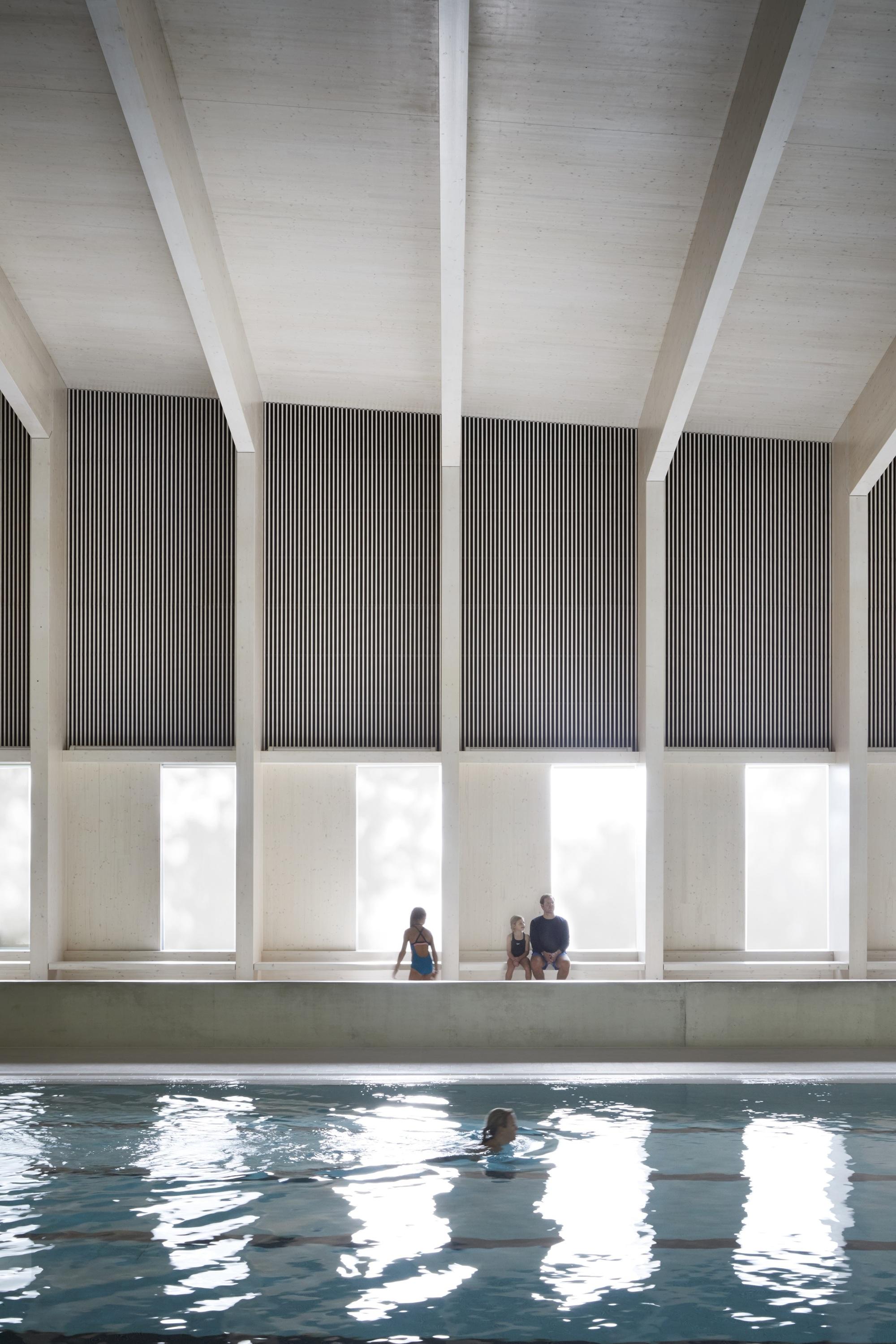 Freemen\'s School Swimming Pool / Hawkins\\Brown | ArchDaily