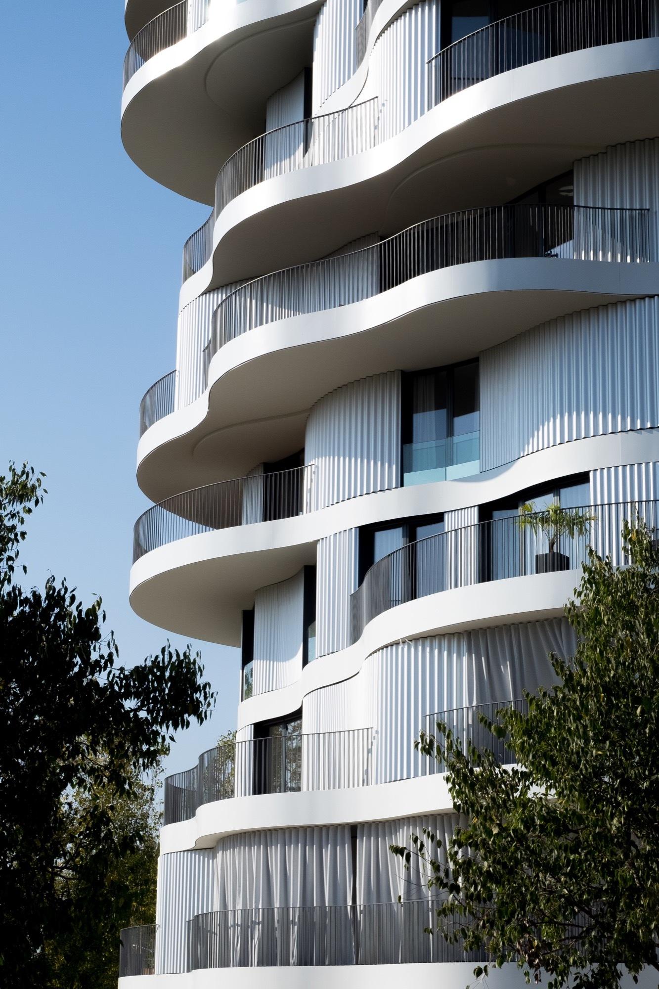 Folie Divine / Farshid Moussavi Architecture | ArchDaily