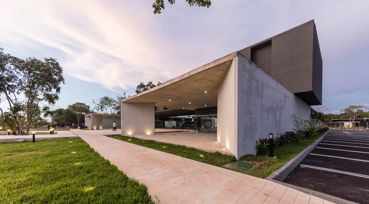 Plaza TERRAMERICAS / Boyance Arquitectos, © David Cervera Castro
