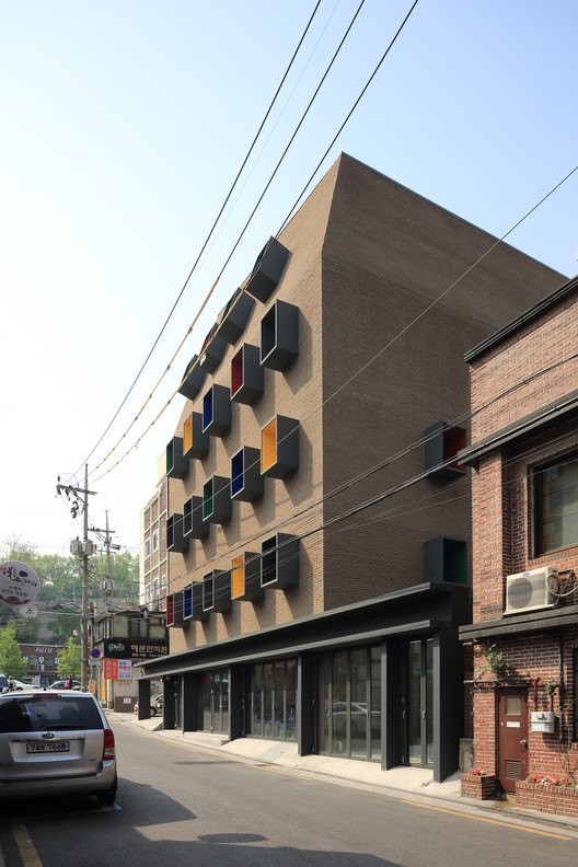 Centro Raphael / Kim Seunghoy (Seoul National University) + KYWC Architects, © KIM Jaekyung