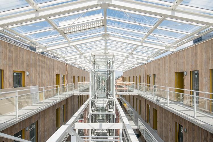 Apartamentos tipo loft del almacén de queso Gouda / Mei architects and planners, © Ossip van Duivenbode