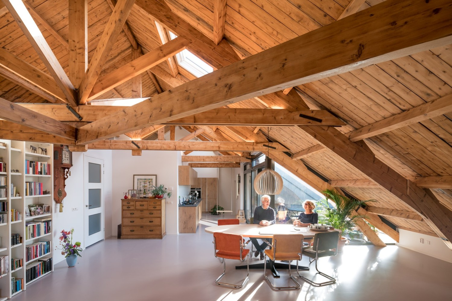 Gallery of Gouda Cheese Warehouse Loft Apartments / Mei ...