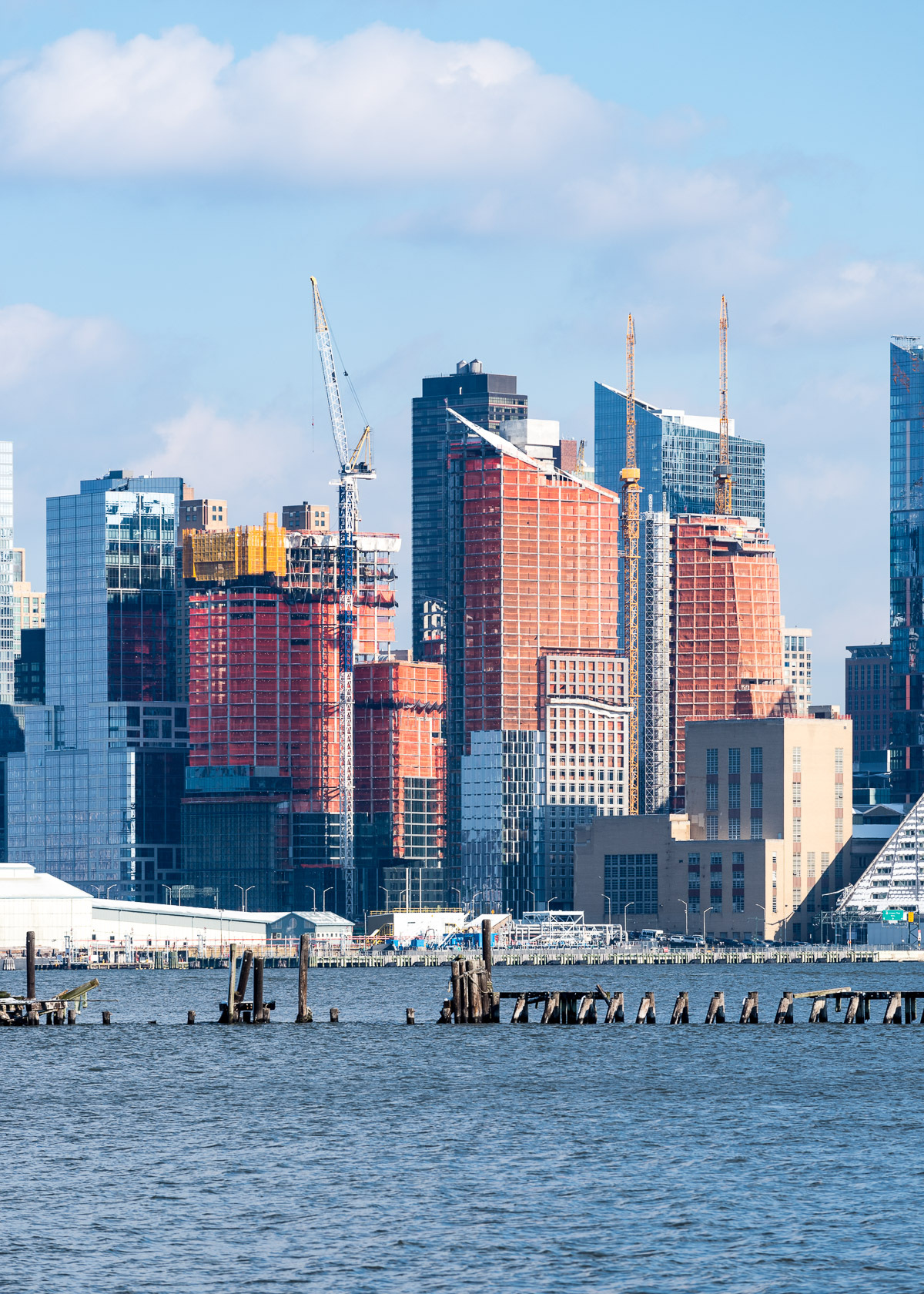 Gallery of nyc 39 s waterline square tops out with towers by for What do in nyc