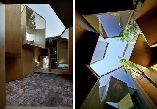 Micro Hutong by ZAO/Standardarchitecture in Beijing. Image by Chen Su (left) and Shengliang Su (right)