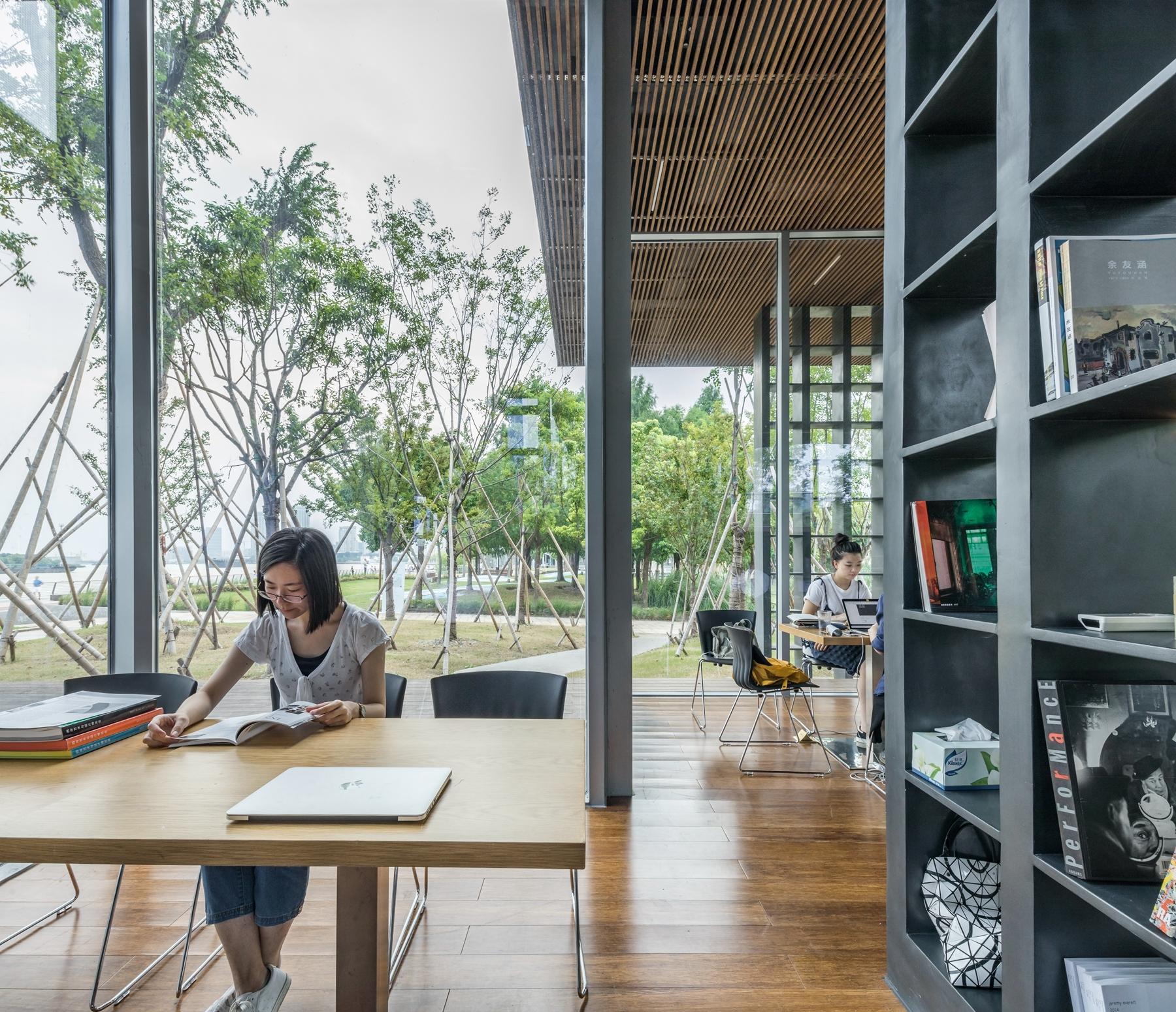 Galer a de casa del libro lattice scenic architecture - Casa del libro rivas ...