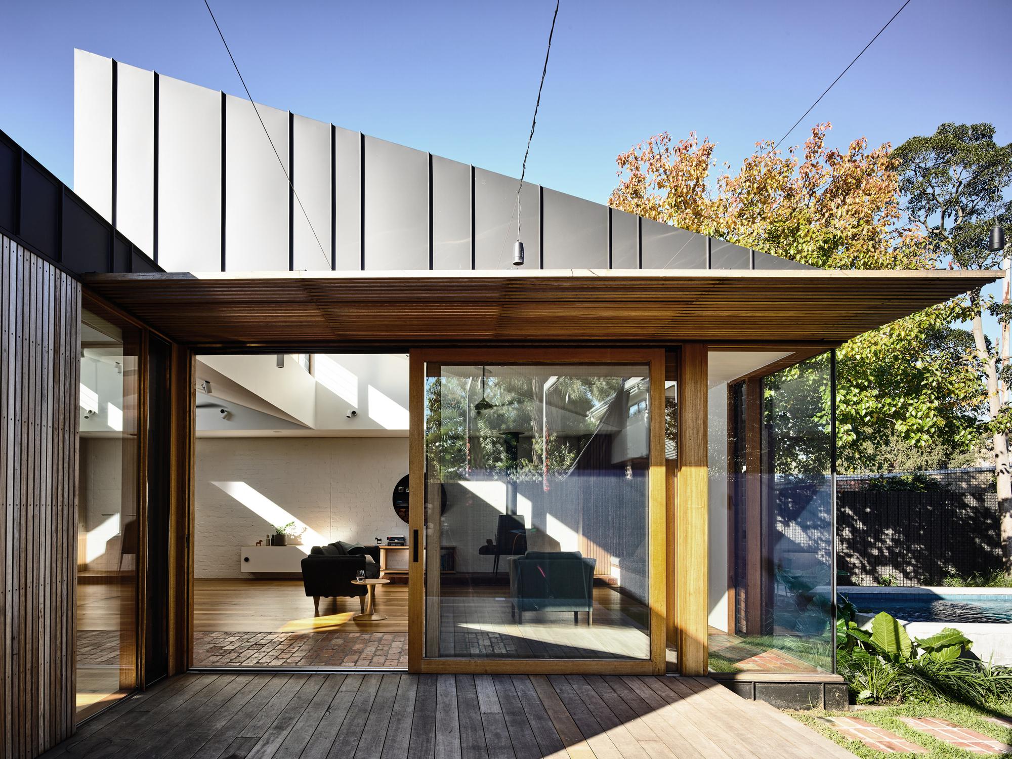 Zen Classroom Design ~ Light saw house zen architects archdaily