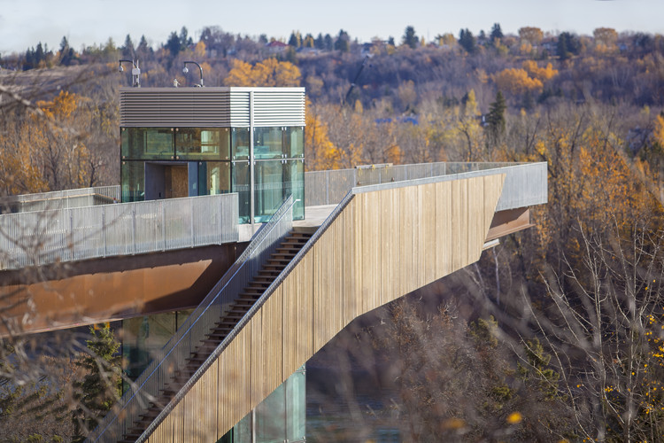 Canada's First Ever Funicular Opens in Downtown Edmonton, © Brock Kryton