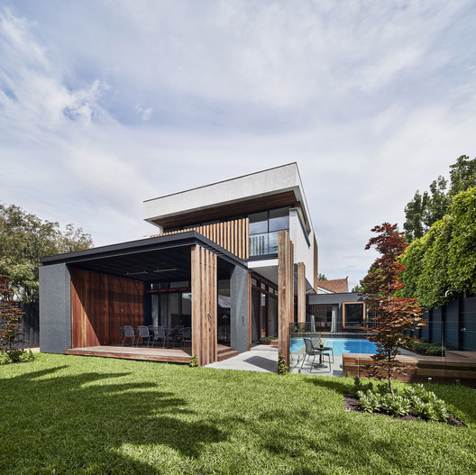 Elwood House / STAR Architecture