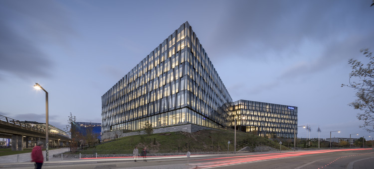 Nordea's Danish Headquarters / Henning Larsen, © Adam Mork