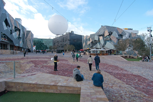 A photo of Federation Square as it appears today. Image © Flickr user vincentq. Licensed under CC BY-SA 2.0
