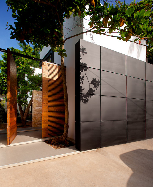 TEMOZÓN House / Boyance Arquitectos | ArchDaily