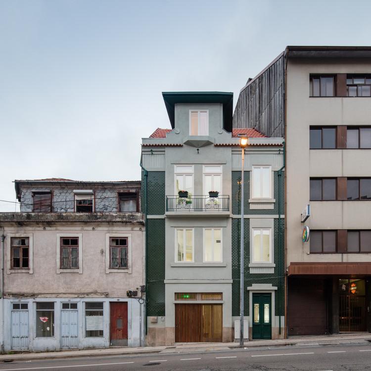 Casa Camões / Pedro Ferreira Architecture Studio, © João Morgado