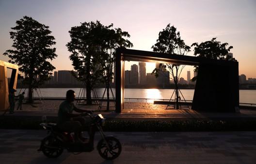 Sunset Square. Image © Jie Zhu, Mucong Li