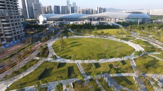 Art park carries open activities and outdoor art. Image © Jie Zhu, Mucong Li