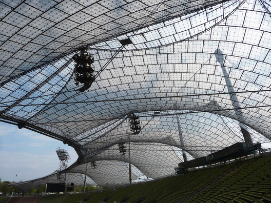 """Munich Olympic Stadium / Behnisch and Partners & Frei Otto. Image <a href='https://www.flickr.com/photos/eager/17094374255/in/album-72157651280449886/'>© 準建築人手札網站 Forgemind ArchiMedia via Flickr </a></noindex></noindex> License CC BY 2.0″ title=""""Munich Olympic Stadium / Behnisch and Partners & Frei Otto. Image <noindex><noindex><a target="""