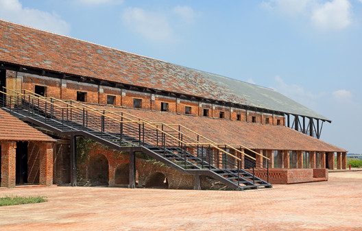 Zhujiadian Brick Kiln Museum / Land-Based Rationalism D-R-C