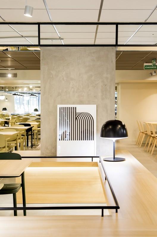 Cafetería Caixabank / Estudio Miriam Barrio