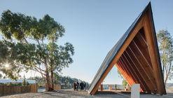 Nossa Senhora de Fátima Chapel  / Plano Humano Arquitectos