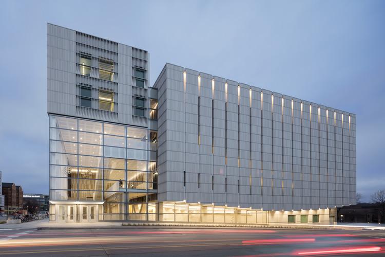 Voxman Music Building / LMN Architects, © Tim Griffith