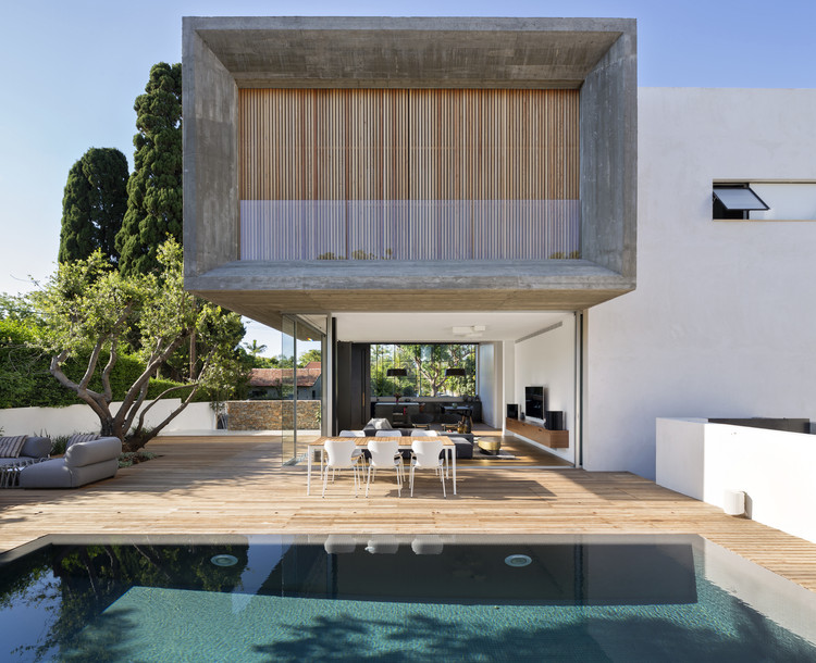 Villa in Herzliya Pituach / archiFETO, Courtesy of archiFETO
