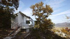 Bosque y Casa / JHW IROJE architects&planners