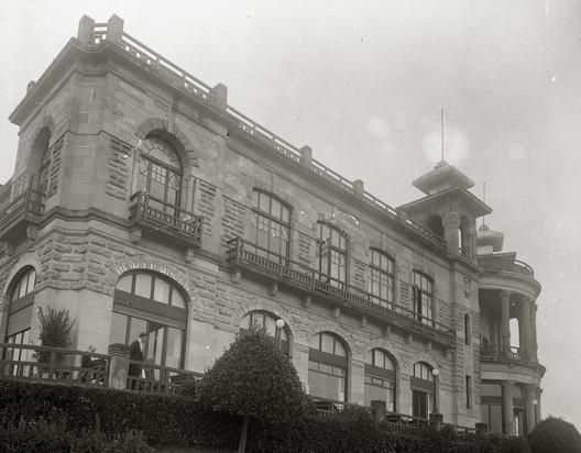Restaurante Casino Igueldo. Image Cortesía de MUGAK Bienal de Arquitectura