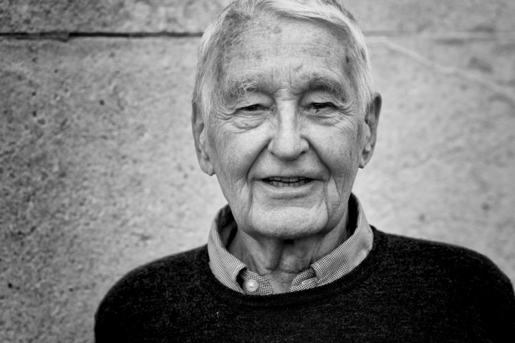 Neave Brown, RIBA Gold Medalist Winner, Sadly Passes Away Aged 88, Neave Brown 2017. Image © Garath Gardner