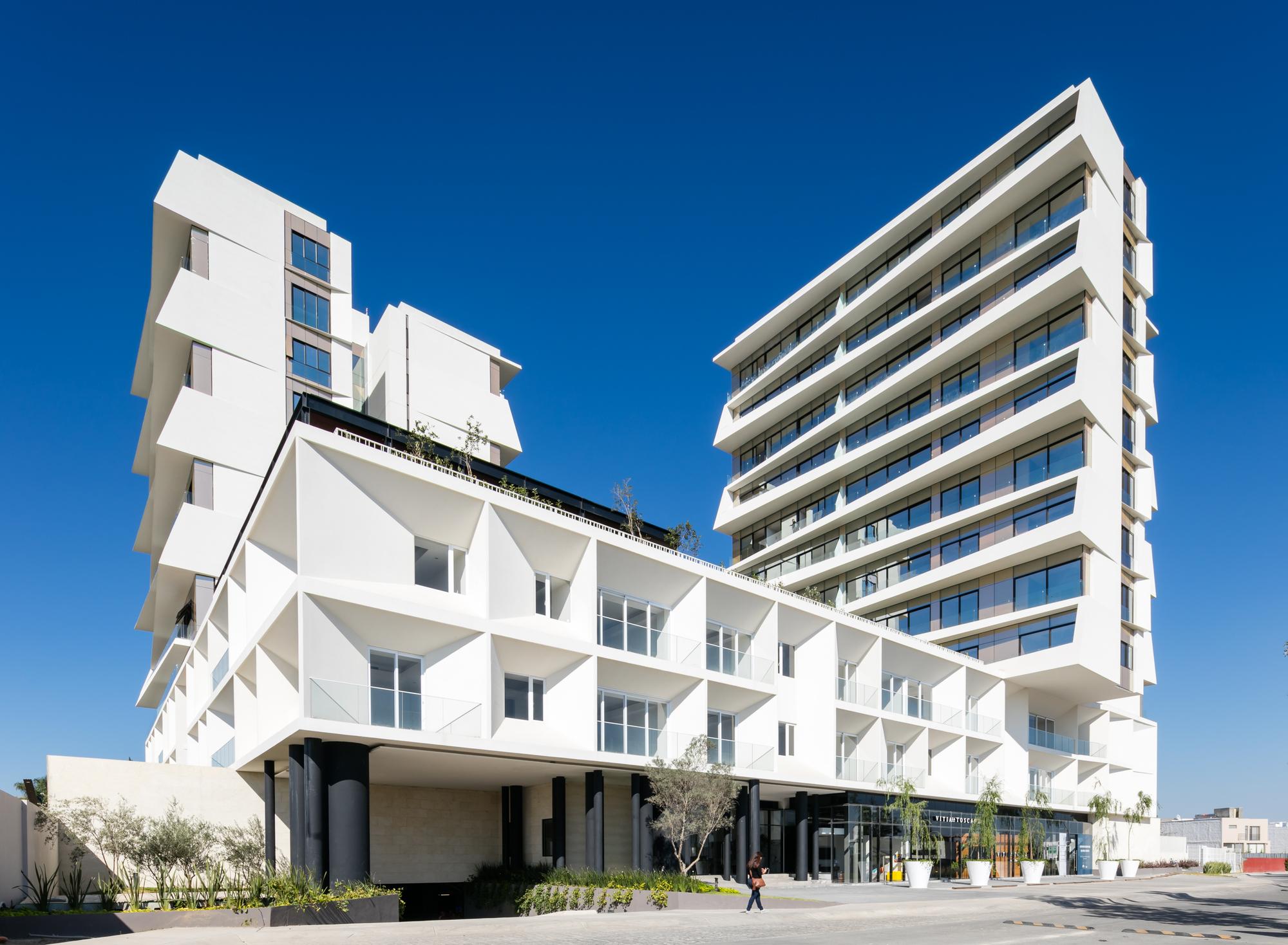 la toscana residential building    ae arquitectos