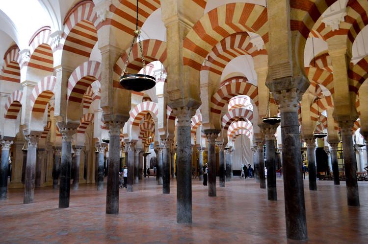 Córdoba, Sevilla y Granada, protagonistas en el último libro de Rafael Moneo, Mezquita de Córdoba . Image © Francisco Anzola [Flickr], bajo licencia CC BY 2.0